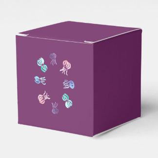 Caixa clássica do favor das medusa