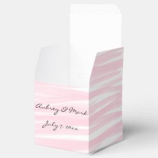 """Caixas """"cor-de-rosa"""" de cora do favor"""