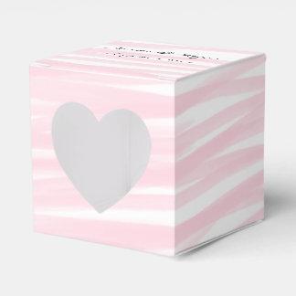 """Caixas """"cor-de-rosa"""" de cora do favor do coração"""