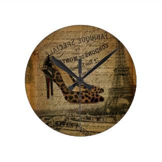 calçados femininos do fashionista da torre Eiffel Relógio Redondo