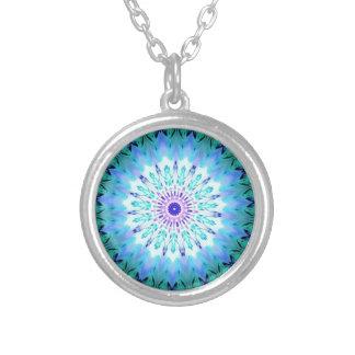 Caleidoscópio de cristal do canto místico colares personalizados