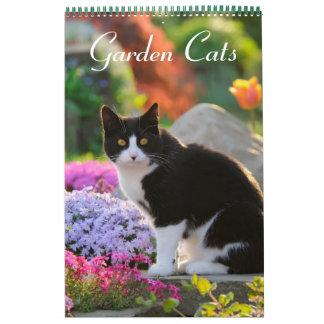Calendário Meio do tamanho dos gatos 2017 do jardim