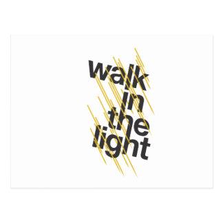 Caminhada na luz cartão postal
