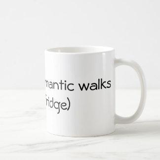 Caminhadas românticas longas - engraçadas caneca de café