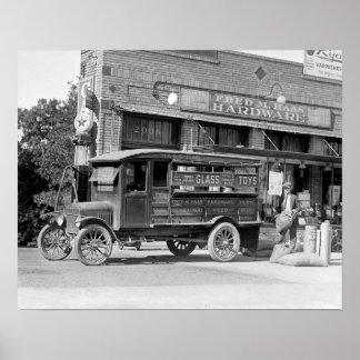 Caminhão de entrega da loja de ferragens, 1924 posteres