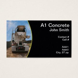 Caminhão do cimento no canteiro de obras cartão de visitas