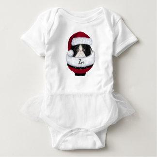 Camisa do bebê do chapéu do papai noel do gatinho