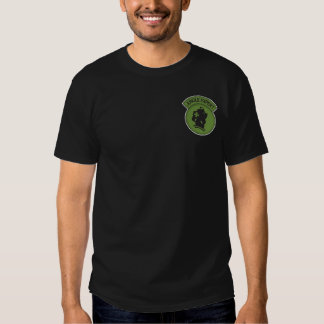 Camisa escura perita da selva t-shirts