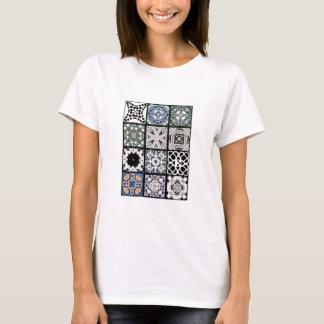 Camiseta 12 azulejos quadrados