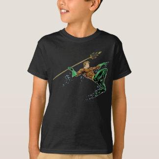 Camiseta Aquaman que Lunging com lança