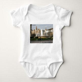 Camiseta Barcelona--Plaza--Catalunya--[kan.k] .JPG