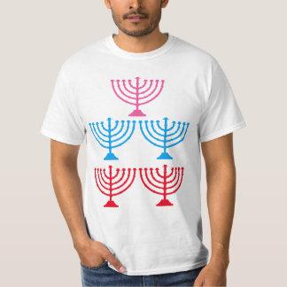 Camiseta Candelabro judaico da faísca de Menorah dos judeus