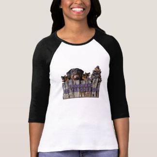 Camiseta Deixe os cães para fora!