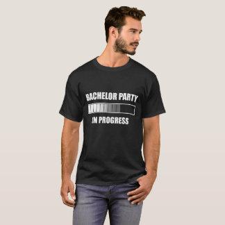 Camiseta Despedida de solteiro em andamento