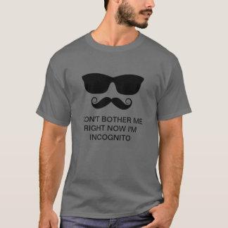Camiseta do disfarce do bigode