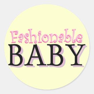 Camiseta elegante e presentes do bebê adesivo