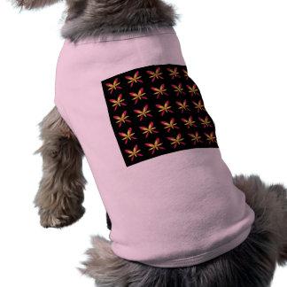 Camiseta Flores cor-de-rosa & amarelas delicadas pintadas