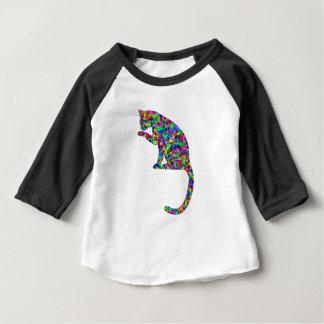 Camiseta Gato prismático colorido que lambe a pata