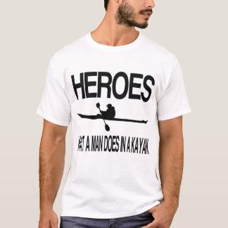 Camiseta Heróis que homem faz em um caiaque