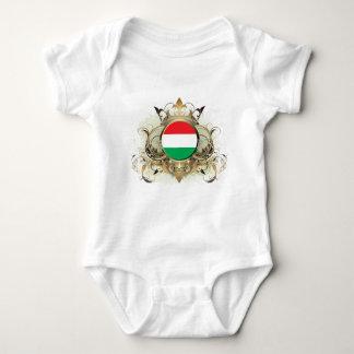Camiseta Hungria à moda