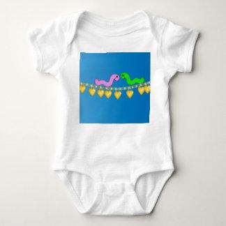 Camiseta Lagartas em um encanto Braclet