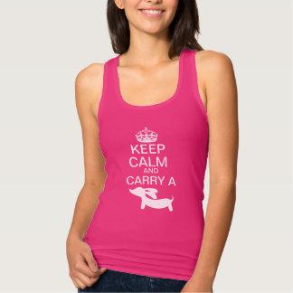 Camiseta Mantenha a calma e leve um Dachshund
