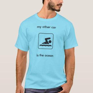 Camiseta meu outro carro… é o oceano