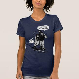Camiseta Nós precisamos o café