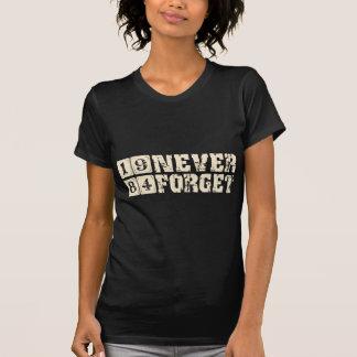 Camiseta Nunca esqueça 1984