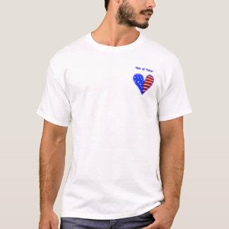 Camiseta O coração da bandeira americana personalizou o