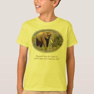 Camiseta Os elefantes nunca esquecem… vestir a protecção