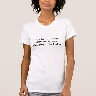 Camiseta Papai noel e ajudante pequeno impertinente. Natal