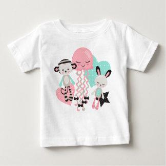 Camiseta Para Bebê Cute animals bebé desenho