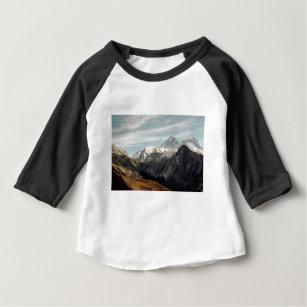 Camiseta Para Bebê Natureza abstrata de Himalaya das montanhas ecf10b7b678e9