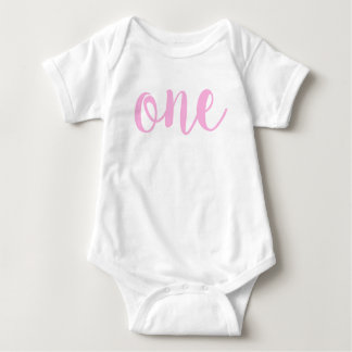 Camiseta Rosa do Bodysuit do bebê do primeiro aniversario