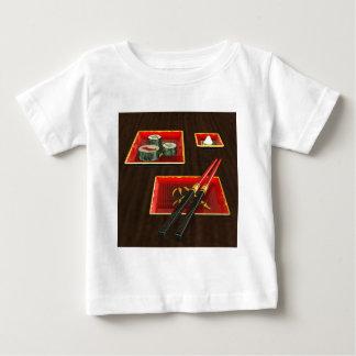 Camiseta Sushi no vermelho