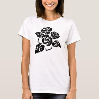 Camiseta T preto dos rosas