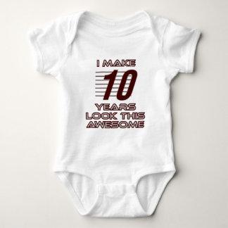 Camiseta TENDENDO o DESIGN do ANIVERSÁRIO da criança de 10