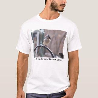 Camiseta Titmouse adornado no gancho do plantador, eu sou