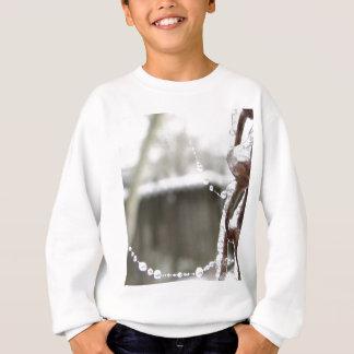 Camiseta Únicas corrente e pérolas