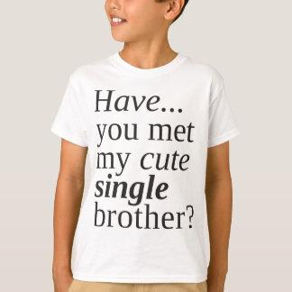 Camiseta você encontrou meu único irmão bonito?