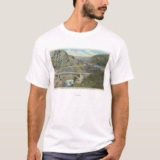 Camiseta Wenatchee, WAView da ponte do rio de Chelan