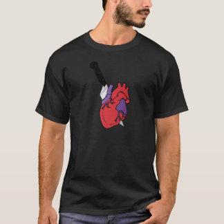 Camisetas coração e faca