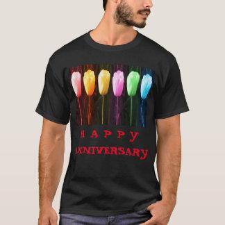 Camisetas Mostra FELIZ da tulipa da pétala cor-de-rosa n do