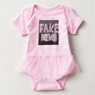 Camisetas Notícia falsificada