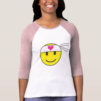 Camisetas O emoticon do smiley do amor
