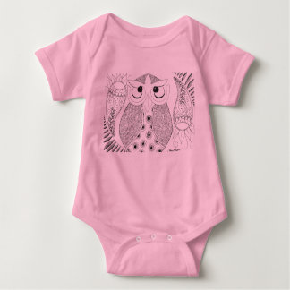 Camisetas Onsie do rosa da coruja de Annie