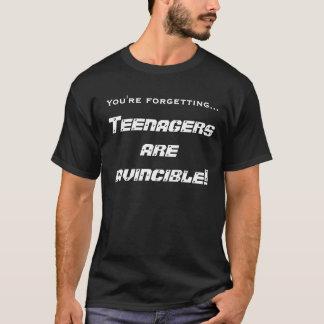Camisetas Os adolescentes são invencíveis!