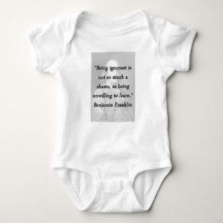Camisetas Sendo ignorante - Benjamin Franklin