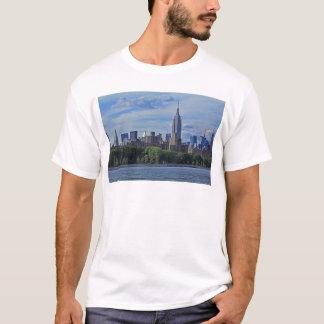 Camisetas Skyline de NYC do East River 002